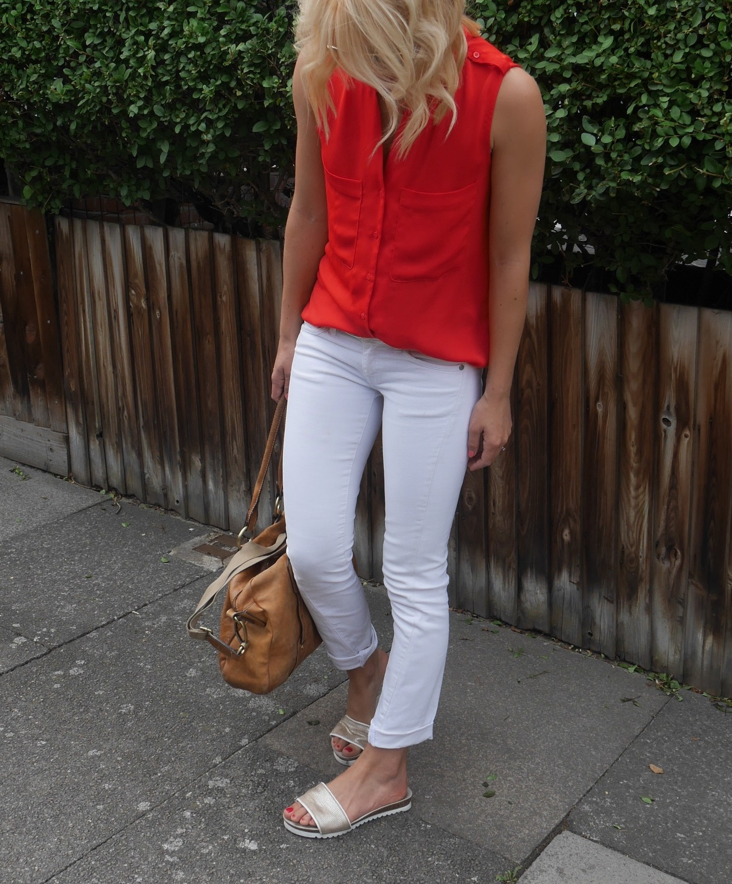 Outfit of the day | red and white - coco mama style