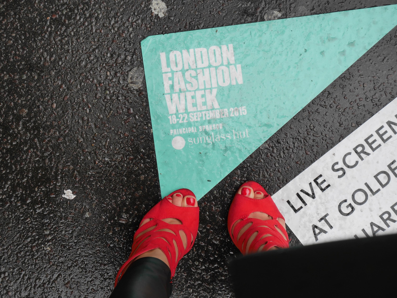 LFWwithGeorge | cocomamastyle | street style | LFW mama style