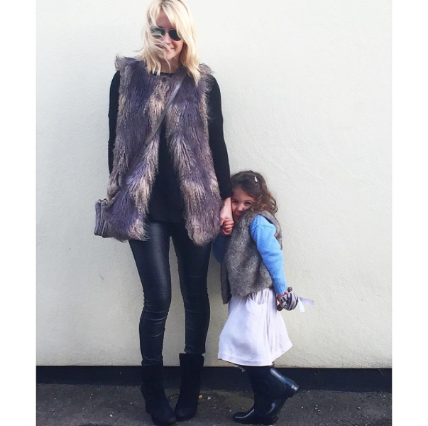 cocomamastyle | street style | outfit of the day | warehouse faux fur gilet| mama style