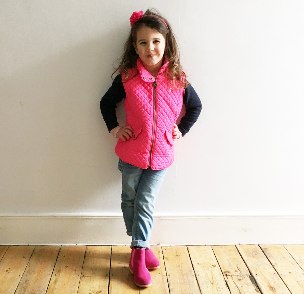 Mini outfit of the day | Quilted gilet and chelsea boots