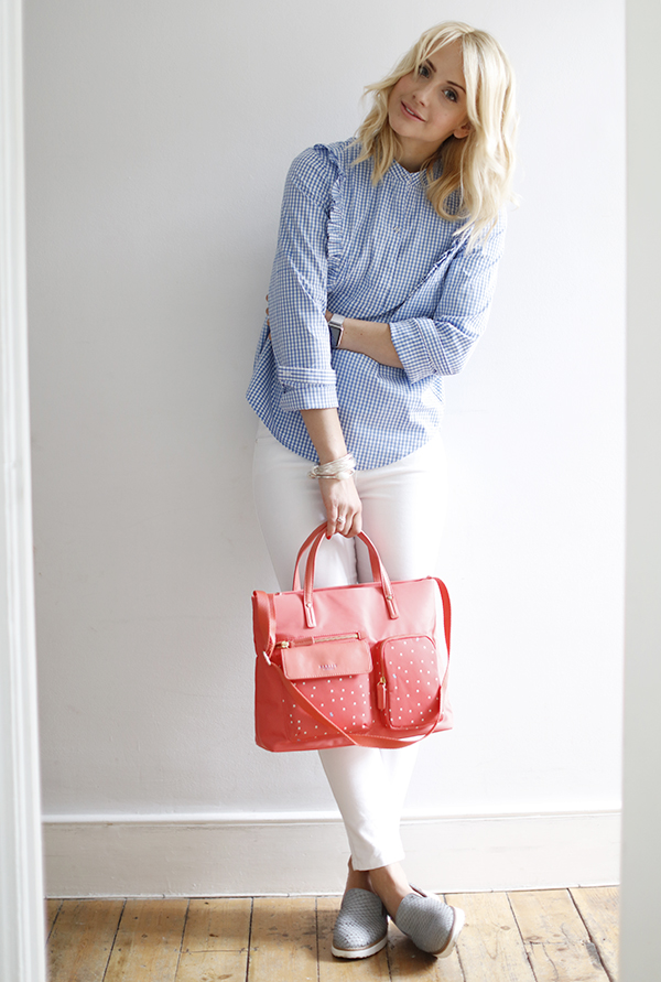 Outfit of the day | gingham + coral